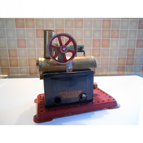 Machine à vapeur ancienne (Mamod)