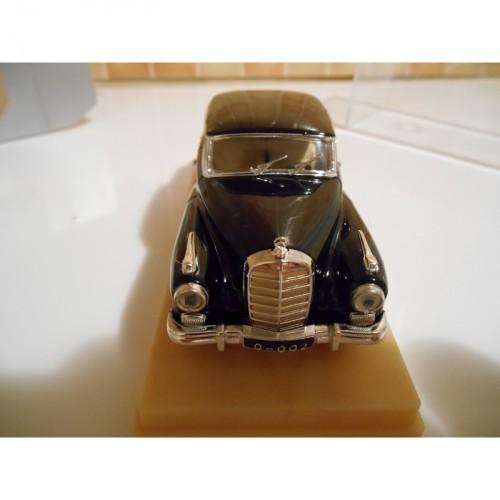"Miniature Mercedes 300W ""Rio""90"