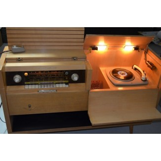 Grundig Majestic Musical Instrument 8095/USA